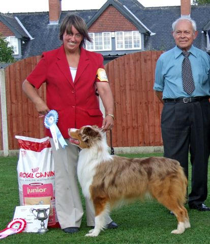 Rocky winning Best Puppy in Show with Judge Les Dickinson ASCUK Open Show Sept 2006