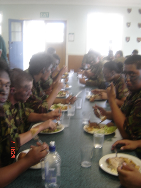 good army food