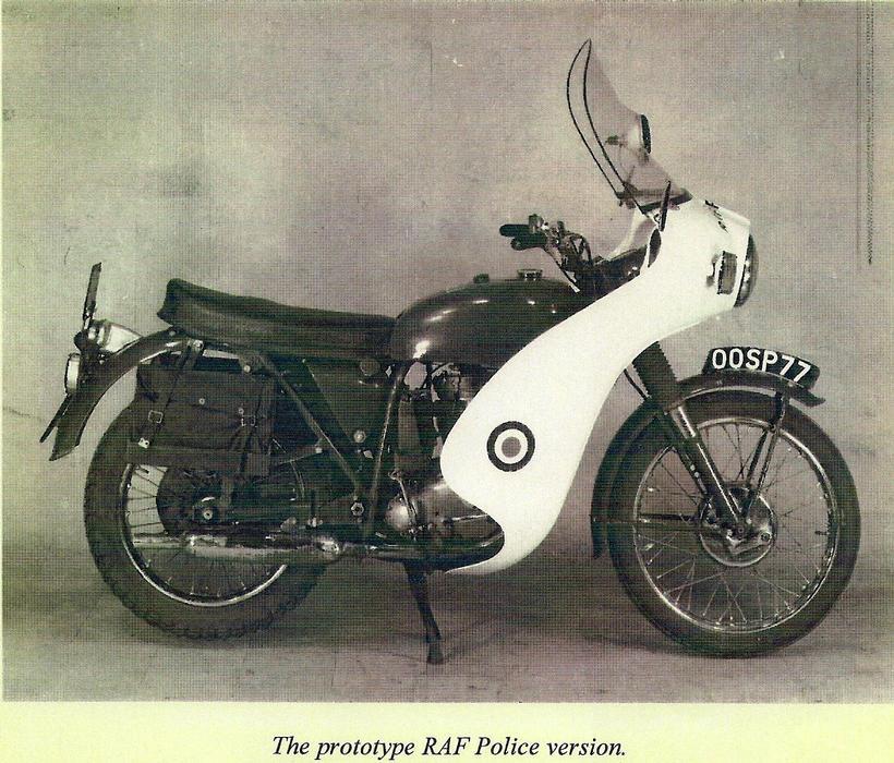proto type RAF B40