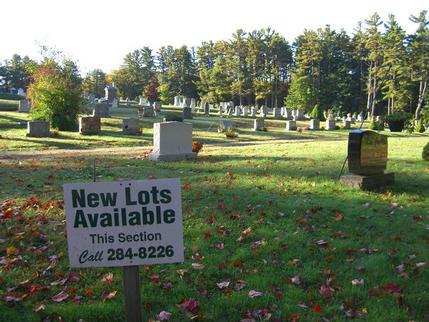 Dead property market in Kennebunk, Maine