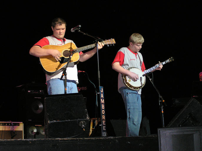Star Quest 2004 Champions conclude their quest with a live radio show, Jamboree USA
