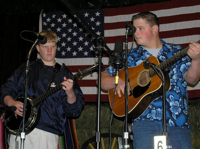 Steve and Ryan on stage at Richeyville