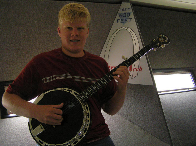 Could this be the first banjo at the top of the St. Louis Arch?