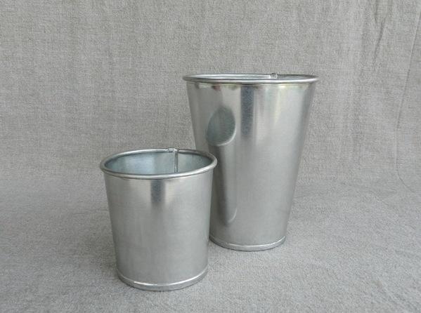 Tin Beaker