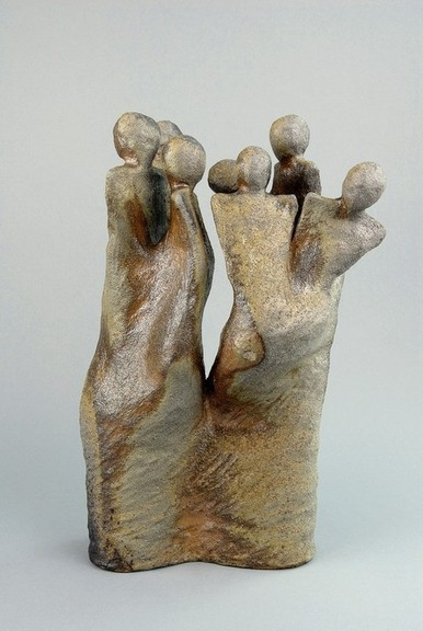 Titled DONT LOOK NOW has several figures leaning in different directions but arcing around t6o form a sculptural whole.