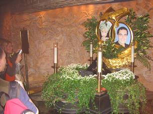 Diana and Dodi memorial at Harrods