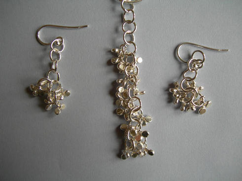 Accents pendant and earrings