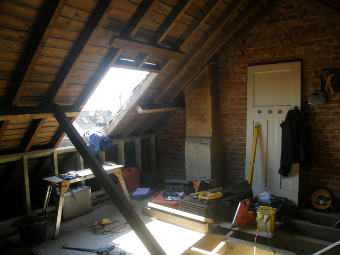 Dwarf walls in and roof light ready to go