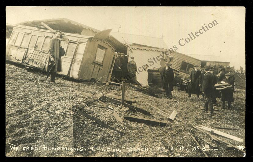 Bungalow Town storm damage spectators, 23rd March 1913