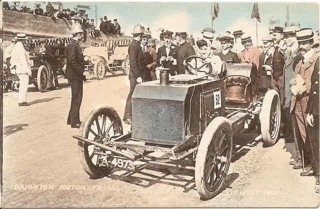 Dorothy Levitt, driving for Napier Motors at Madeira Drive, Brighton, in 1905