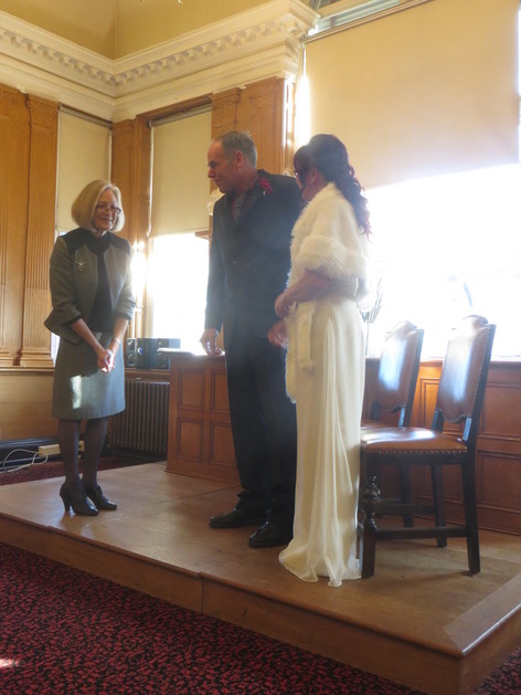 Lizbet and Steve exchange their vows. Hello Mr and Mrs Elderfield