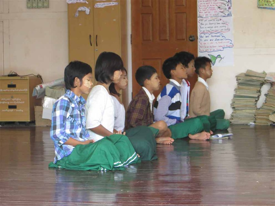 Pupils meditating at the Shwebo monastic school