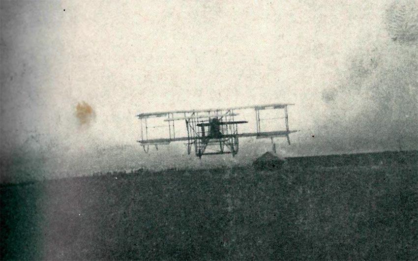 'Piff' flying at Shoreham in his Hummingbird