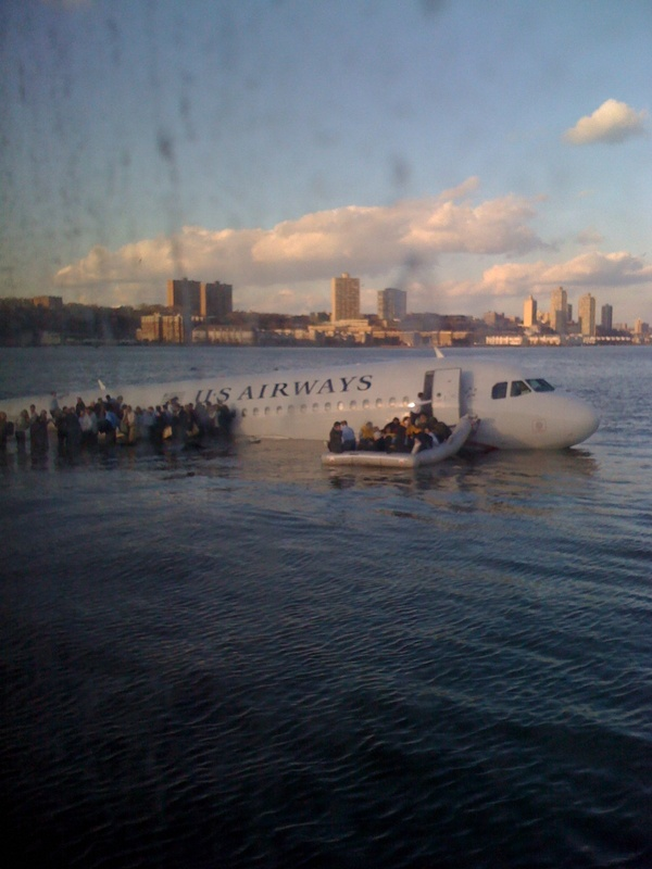@jkrums picture of the plane that crash landed in the Hudson river, New York