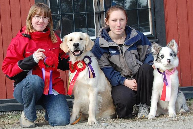 Maria with Snö on the right and his pal Marwin with owner Jenny on the left.