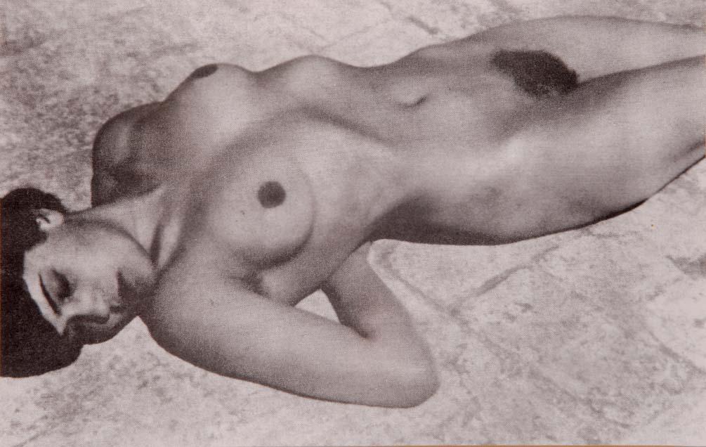 Tina MODOTTI - photograph by Edward WESTON