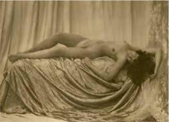 """Happy Beauty"" - ORIGINAL PHOTOGRAVURE (1923) by ""LARYEW""/""WALERY"" (JOSEPHINE BAKER'S PHOTOGRAPHER at ""LA FOLIES BERGERE"""