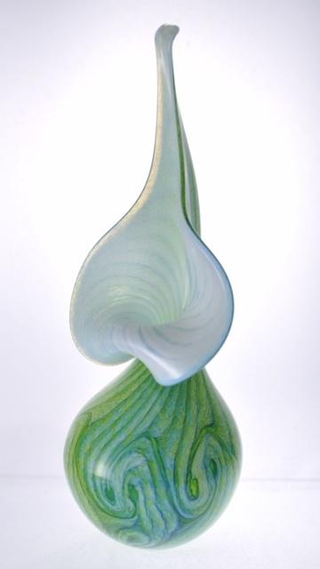 G2 Lilly Vase