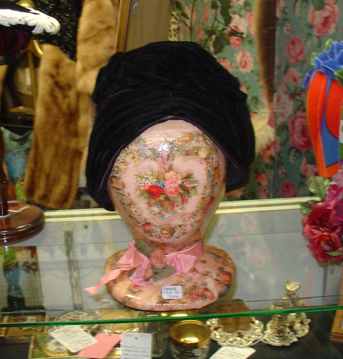 Black Velvet Rouched Cloche