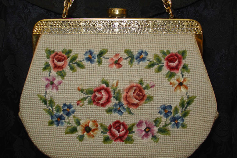 Petitpoint/needlepoint purse