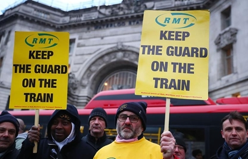 keep the guard on the train