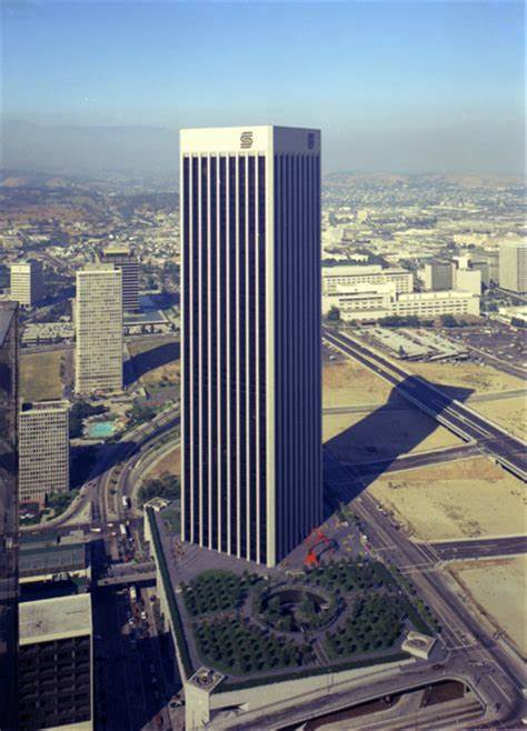 Chloe was Executive Secretary to Senior Vice President, John W. Hancock in World Banking, at headquarters for Security Pacific Bank in LosAngeles