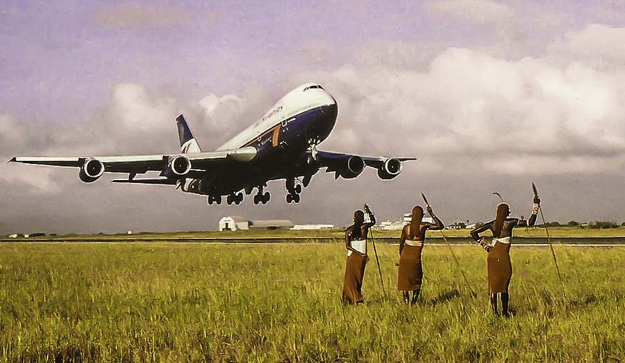 Boeing747 with Maasai