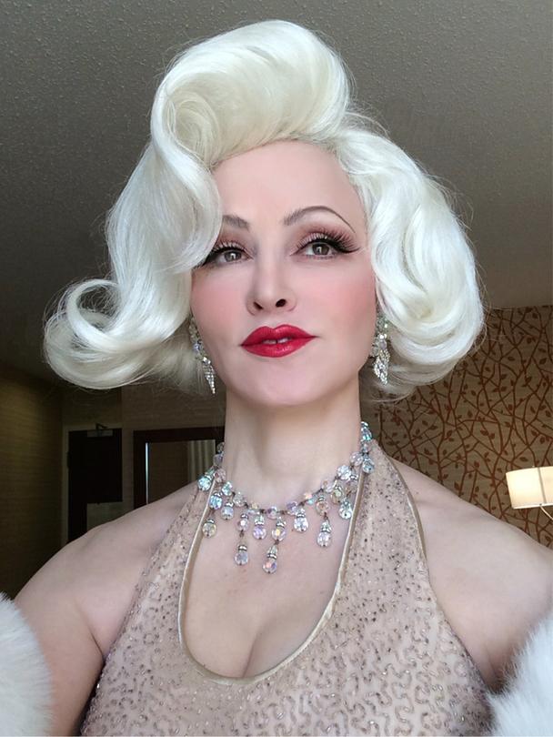 Marilyn Monroe Impersonator Happy Birthday Mr President Diamonds