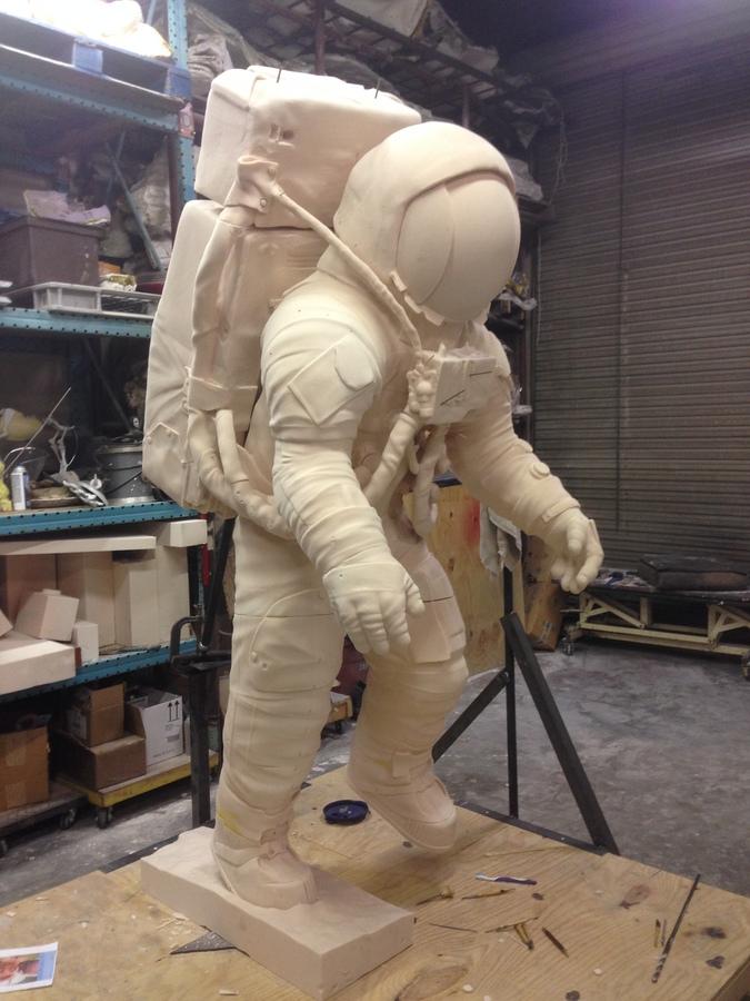 Allen bean sculpture 81/2 tall