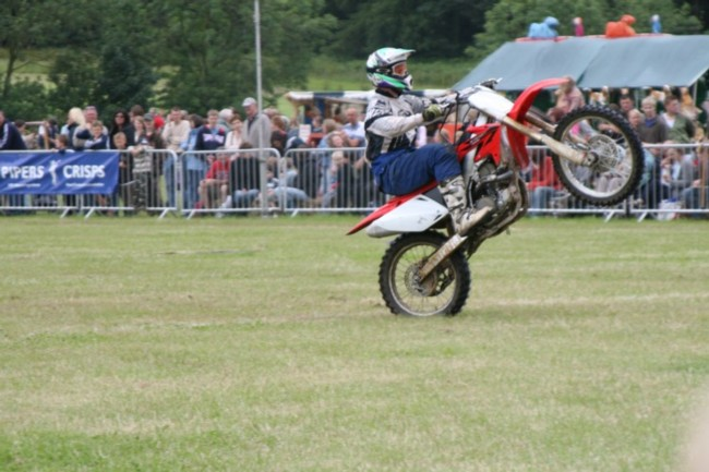 Motorcycle wheelie
