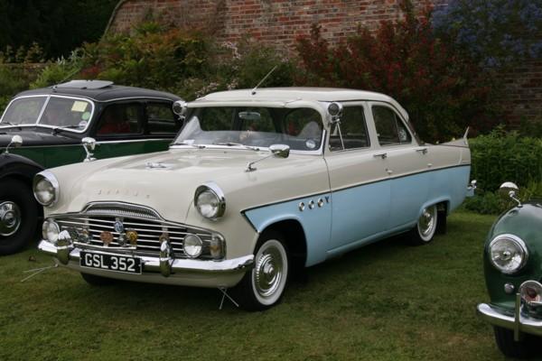 Ford Zodiac Mk2
