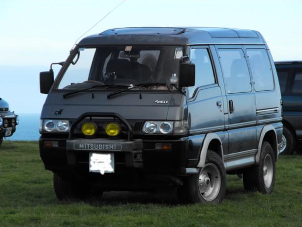 Delica L300