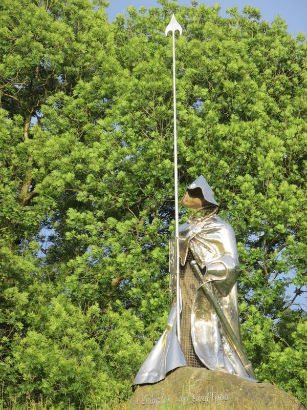 Statue at LLANDOVERY