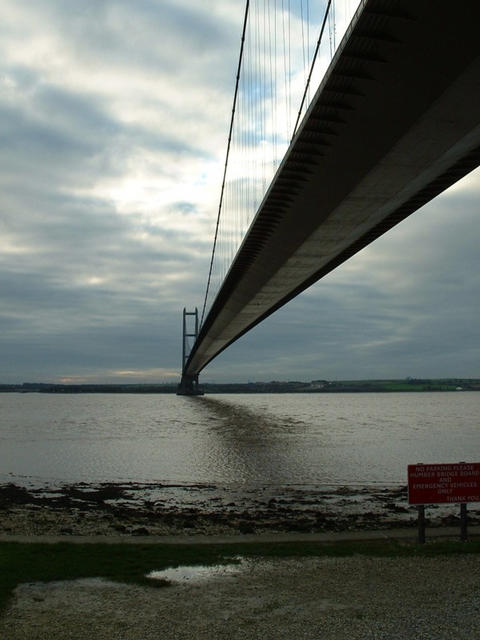 Looking South across the Humber directly below the Bridge