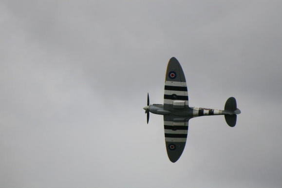 Spitfire banking right