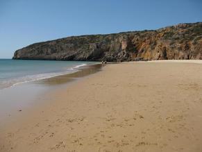 Furnas Beach (7 km)