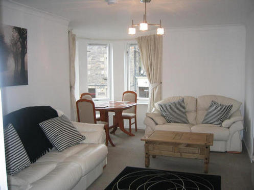 3 bedroom flat upper craigs hmo 12 month lease please contact
