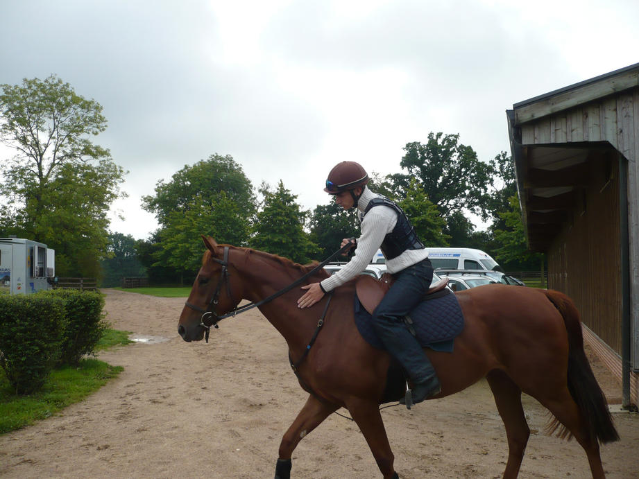 Williams Saraiva takes Rose out for a canter