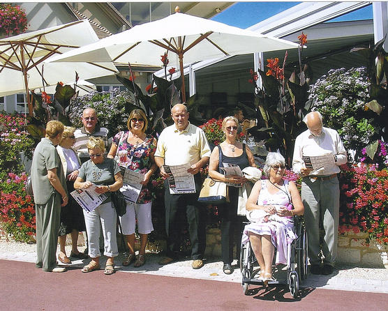 A group of members at Clairfontaine