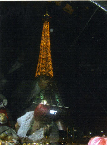 Paris at night or 'underneath the arches'